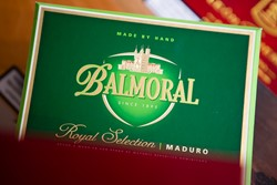 Bild für Kategorie Balmoral Royal Selection Maduro