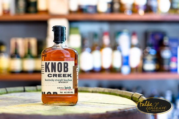 Bild von Knob Creek Bourbon Whiskey Small Batch